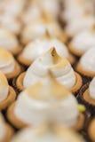 Fait la pâtisserie cuire au four photographie stock libre de droits