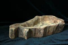 Fait main, boisage, texture et matériaux, plats et ustensiles naturels de ménage de bois, image stock