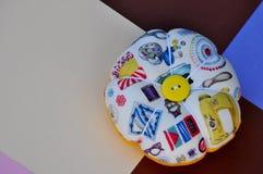 fait main de couleur claire de pelote à épingles Photos stock