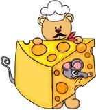 Faites cuire l'ours de nounours de chef tenant la tranche de fromage avec la souris illustration stock