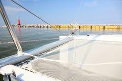 Faites de la navigation de plaisance le phare baltique de mer à Danzig, Pologne Image stock