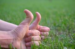 Faites des gestes l'ok Image stock