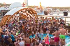Faites la fête sur la plage de Zrce, Novalja, île de PAG, Croatie Images libres de droits