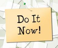 Faites-le montre maintenant actuellement et action Image stock