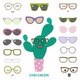 Faites-le vous-même cactus en verres Images stock