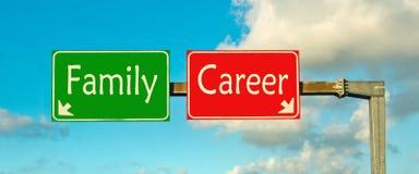 Faites votre choix ; Famille ou carrière Photographie stock