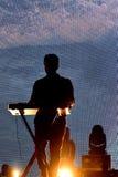 A faixa ambiental eletrônica da música de Tycho executa no concerto no festival 2017 do som de primavera imagem de stock royalty free