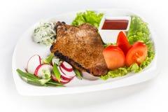 Faixa da galinha com vegetais Imagens de Stock