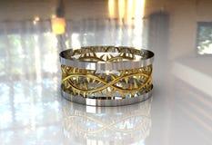 Faixa de casamento da coroa de dois Christ do ouro do tom Foto de Stock Royalty Free