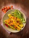 Faixa de peixes com pimenta de pimentão quente do tomate Imagens de Stock Royalty Free