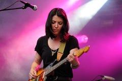 A faixa de Sharon Van Etten executa em San Miguel Primavera Sound Festival Imagem de Stock