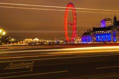 Faixa do ônibus do olho de Londres imagem de stock