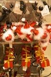 Faixa e presente do cabelo no estilo do Natal Fotos de Stock Royalty Free