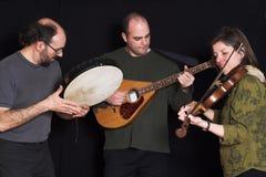 Faixa que joga a música celta Fotos de Stock Royalty Free