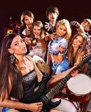 Faixa que joga o instrumento musical Imagem de Stock Royalty Free