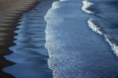 Faixas das ondas, Playa Nancite, Costa-Rica Foto de Stock