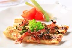 Faixas de peixes fritadas bandeja Fotos de Stock