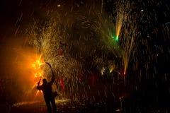Fajerwerki, ogień i dym, obraz stock