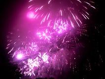fajerwerki w jakaś Europejskim mieście przy nowy rok wigilią Zdjęcie Stock