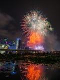 Fajerwerki wystawiają podczas święto państwowe parady zapowiedzi 2014 (NDP) Obrazy Royalty Free