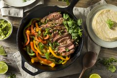 Fajitas caseiros do bife fotos de stock royalty free