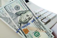 fakturerar dollar hundra Arkivbild