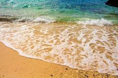 Fala i plaża Oceaniczna scena z piasek plażą i morze machamy Obrazy Royalty Free