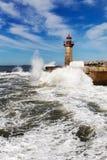 Fala na brekwater w Porto, Portugalia Zdjęcie Royalty Free