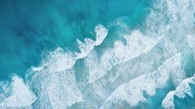 Fala na plaży jako tło od powietrza Zdjęcia Stock