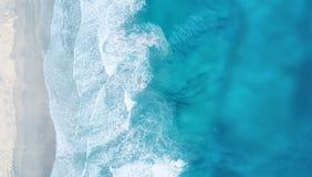Fala na plaży jako tło od powietrza Zdjęcie Royalty Free