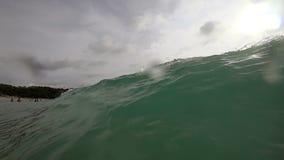 Fala na plaży Nai Harn, Tajlandia zdjęcie wideo