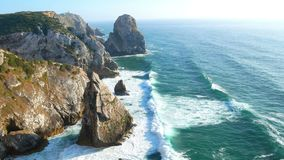 Fala oceanu falez skały zdjęcie wideo