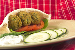 Falafel em Pita Pocket Fotografia de Stock Royalty Free