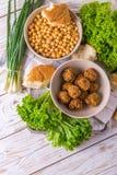 Falafel i chickpea Żydowska kuchnia Odgórny widok Obraz Royalty Free