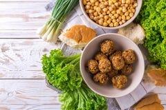 Falafel i chickpea Żydowska kuchnia Odgórny widok Obrazy Stock