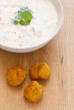 Falafel y yogur Imagen de archivo