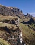 Falaise d'horizontal de Quirang, Trotternish, île de Skye Photos stock