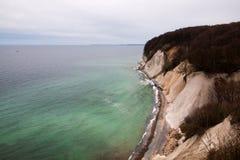 Falaise de craie sur l'île de Ruegen, Allemagne photographie stock libre de droits