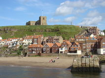 Falaise est, Whitby, Yorkshire Photos libres de droits