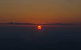 Falaise Phu Kradueng de lever de soleil Images stock