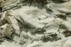 Falaise sculptée par mer dans les îles Shetland Image libre de droits