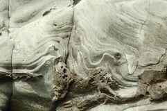 Falaise sculptée par mer dans les îles Shetland Images stock