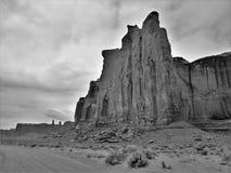Falaise très haute de vallée de monument photo libre de droits
