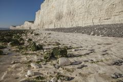 Falaises blanches et cieux bleus - sept soeurs, East Sussex, Angleterre, R-U ; automne 2018 photographie stock libre de droits
