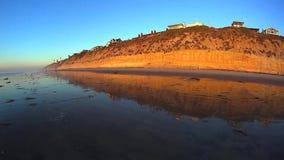 Falaises côtières 2 de la Californie - San Diego California banque de vidéos