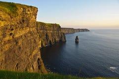 Falaises célèbres de comté clare, Irlande de moher Image libre de droits
