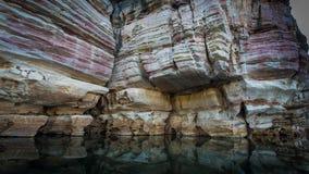 Falaises dévoniennes souillées, gorge de Geikie, croisement de Fitzroy, occidental Images stock