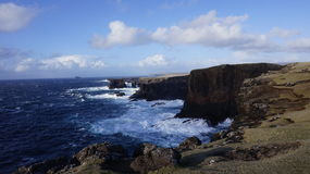 Falaises d'Eshaness, Shetland Photographie stock