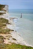 Falaises de bord de la mer. Bel horizontal en été. image libre de droits