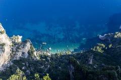 Falaises de Capri, île de Capri, Italie Photos stock
